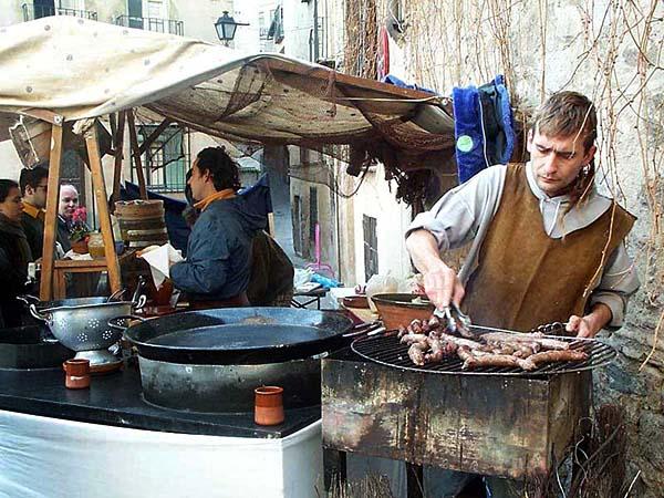 Recreación de un mercado medieval (h)