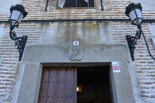 Ayuntamiento y Antiguo Hospital del Pobre, detalle