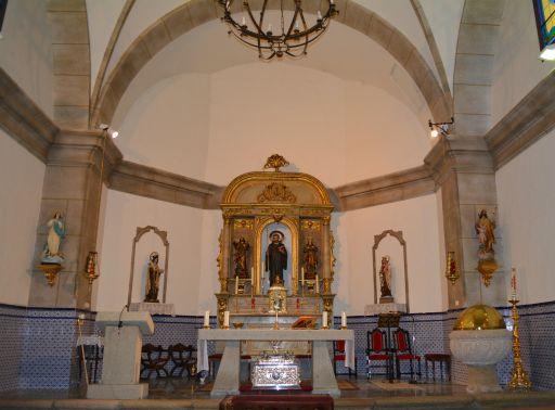 Iglesia parroquial de San Gil Abad, altar