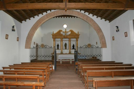 Ermita de Santa Ana, interior