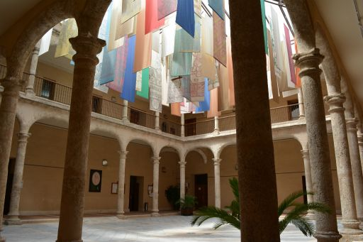 Palacio de Don Pedro I, claustro