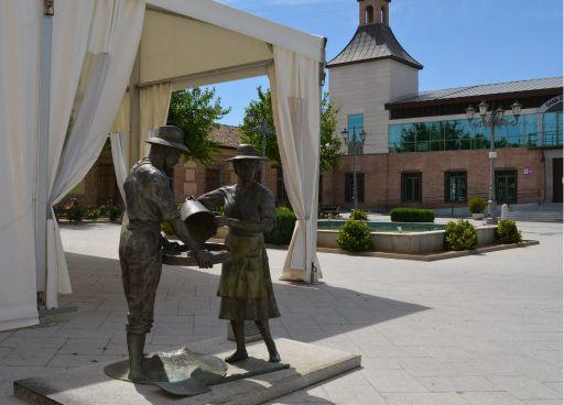 Escultura a los Agricultores