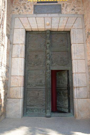 Ermita del Cristo, puerta