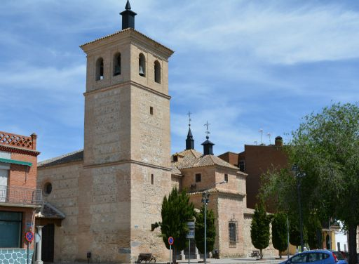 Iglesia parroquial de San Andrés, lateral