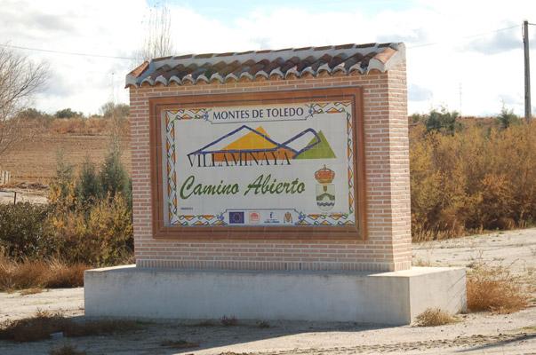 Cartel de entrada al pueblo