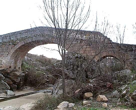 Puente romano (b)