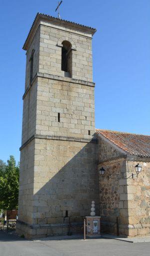 Iglesia parroquial de Nuestra Señora de la Paz, torre