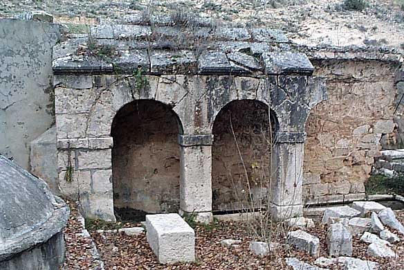Fuente Vieja, réplica