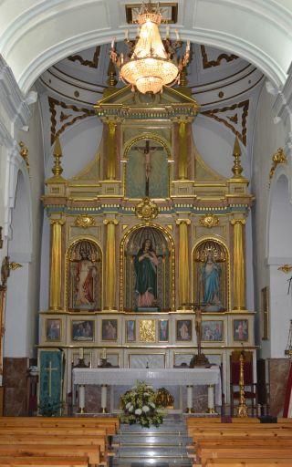 Iglesia parroquial de Santa María Magdalena, altar