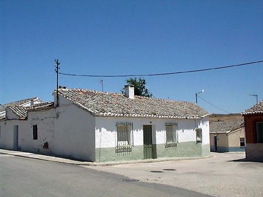 Casa encalada en Albarreal de Tajo