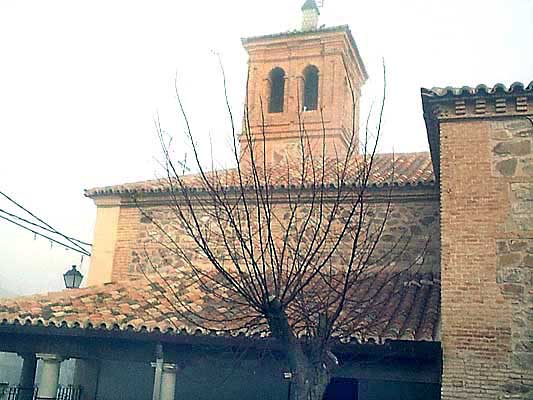 Iglesia San Felipe y Santiago Apóstol