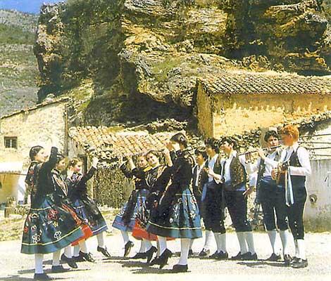 Danzas típicas de Nambroca