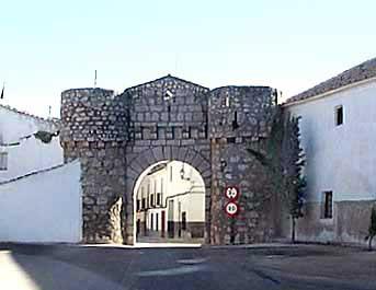 Exterior de la Puerta del Carmen o de Toledo