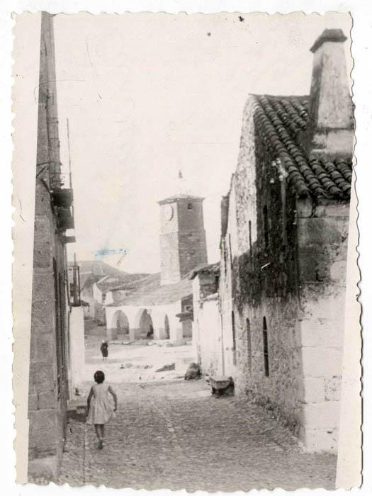 Aldeanueva de San Bartolomé. Calle de la Pasión. 1957 (P-20)