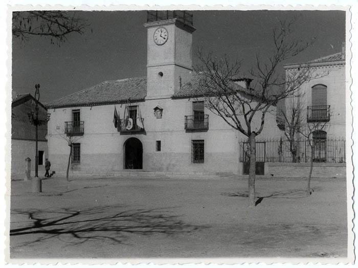 Calera y Chozas. Casa Ayuntamiento. 1958 (P-62)