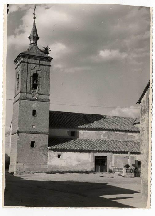Cobeja. Iglesia parroquial de San Juan Bautista.1958 (P-137)