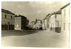 Consuegra. Calle Padre Gabriel pavimentada. 1973 (P-141)