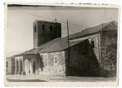 El Campillo de la Jara. Iglesia parroquial.  1958 (P-84)
