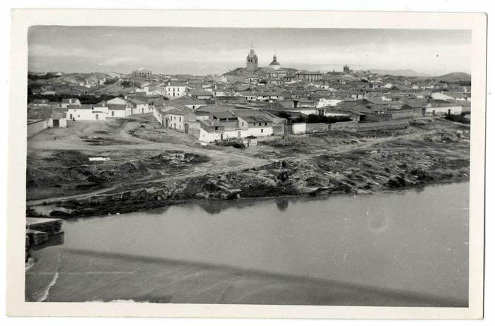 El Puente del Arzobispo. Panorámica desde el río.1965 (P-242