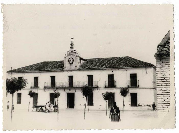 El Casar de Escalona. Casa Ayuntamiento. 1958 (P-265)