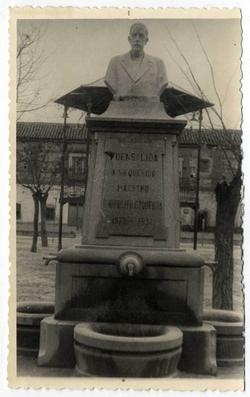 Fuensalida. Fuente de Hipólito Ezquerra. 1961 (P-306)