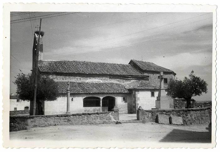 Herreruela de Oropesa. Iglesia de San Ildefonso.1959 (P-328)