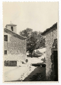 Hinojosa de San Vicente. Iglesia. 1959 (P-334)