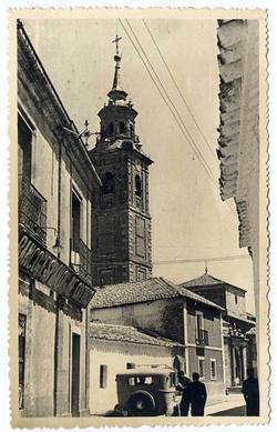 Los Navalmorales. Torre de la iglesia. 1959 (P-456)