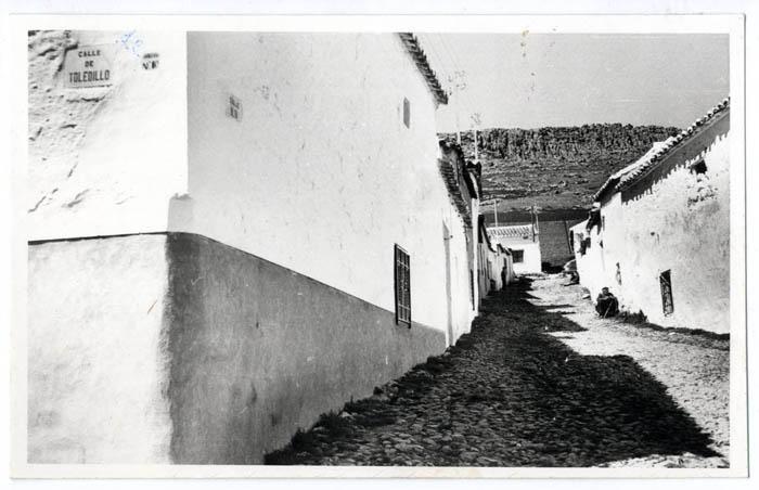 Los Yébenes. Calle Alta. 1970 (P-903)