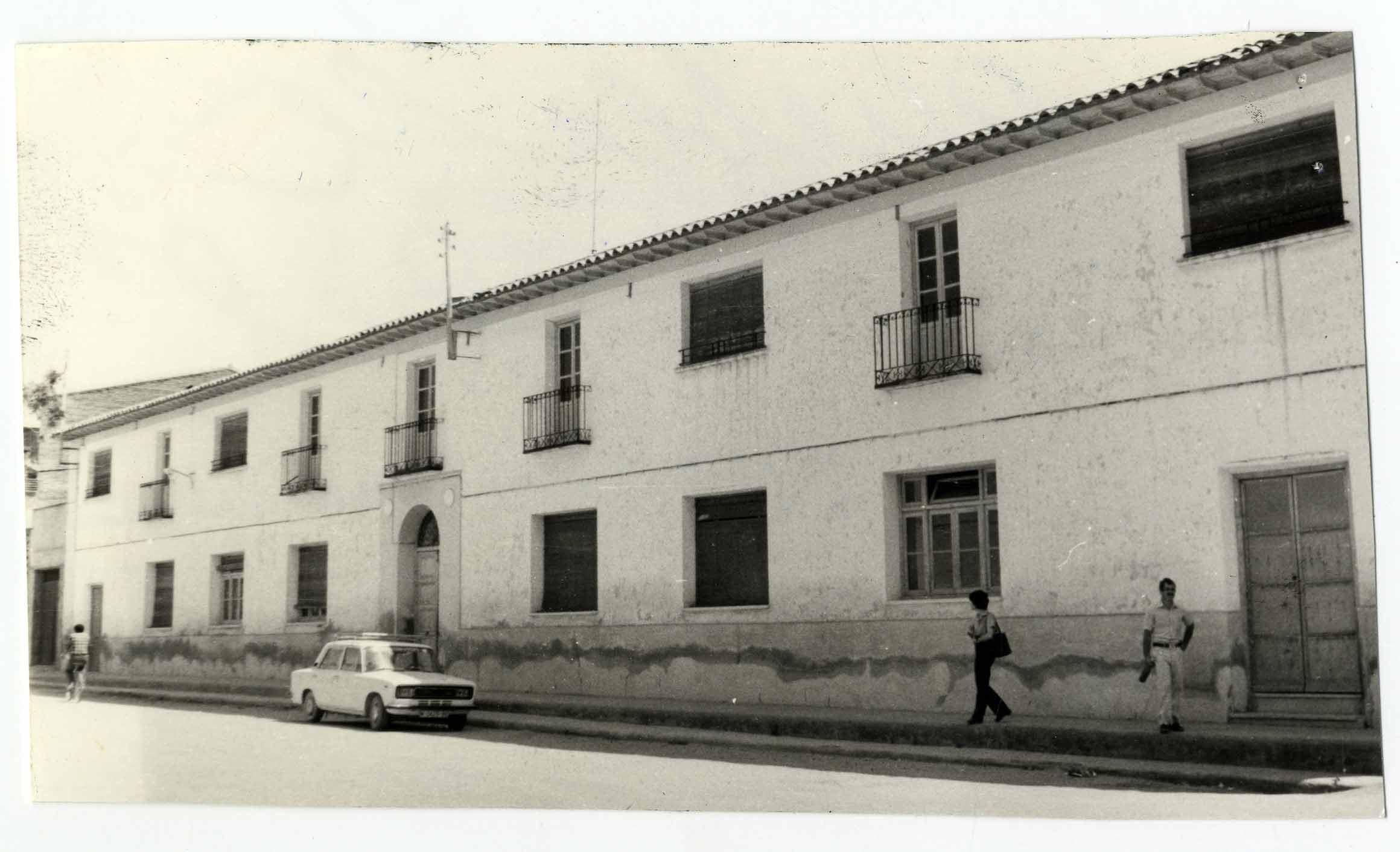 La Puebla de Almoradiel. Antiguas escuelas. 1979 (P-357)