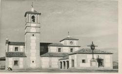Malpica de Tajo. Iglesia San Pedro Apóstol. 1959 (P-2670)