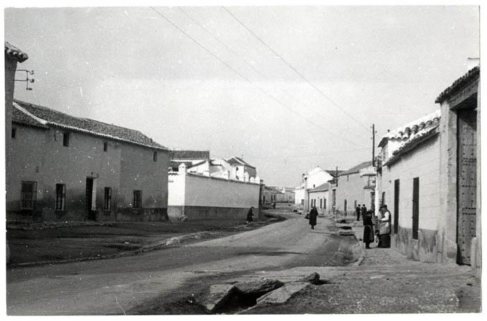 Mascaraque. Calle Real. 1959 (P-2686)