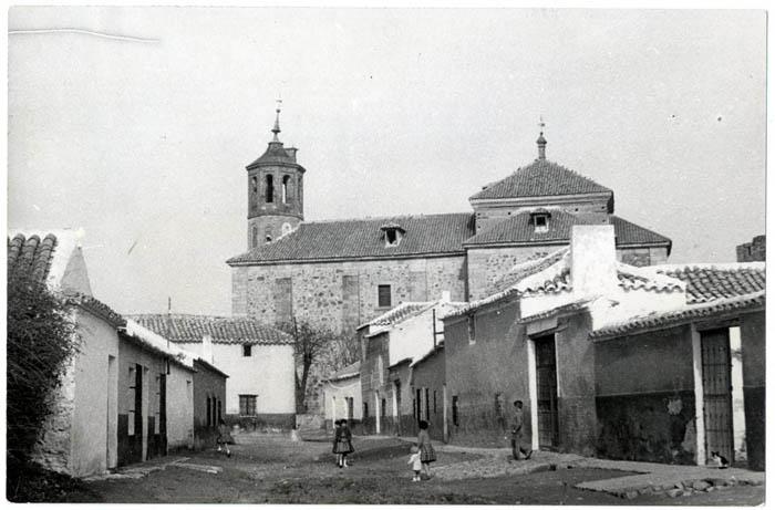 Mascaraque. Iglesia de Santa María Magdalena.1959 (P-2688)