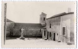 Marjaliza. Fachada lateral de la iglesia. 1959 (P-371)