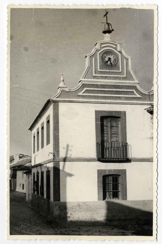 Montearagón. Casa Ayuntamiento. 1959 (P-544)