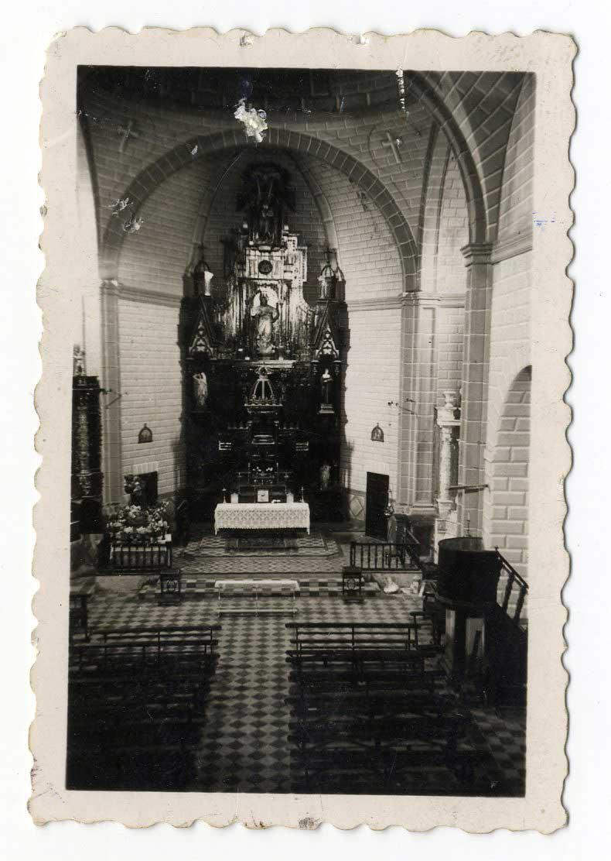 Navahermosa. Interior de la iglesia. 1959 (P-580)