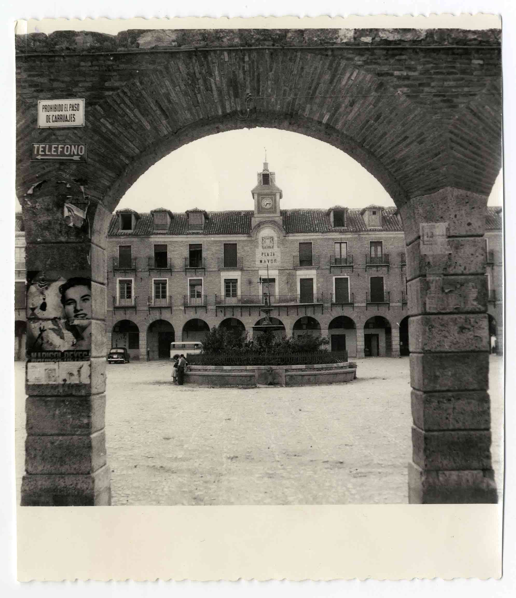 Ocaña. Plaza Mayor. 1960 (P-633)