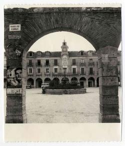 Ocaña. Plaza Mayor. 1960 (P-633)