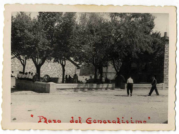 San Pablo de los Montes. Plaza del Generalísimo.1960 (P-799)