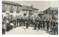 Sonseca. Los alabarderos de la Virgen. Hacia 1930 (P-851)