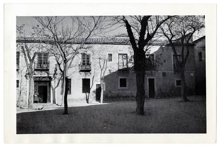 Toledo. Edificio de la plaza Padilla. 1966  (P-1017)