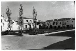 Villanueva de Bogas. Plaza Primo de Rivera. 1972 (P-1504)