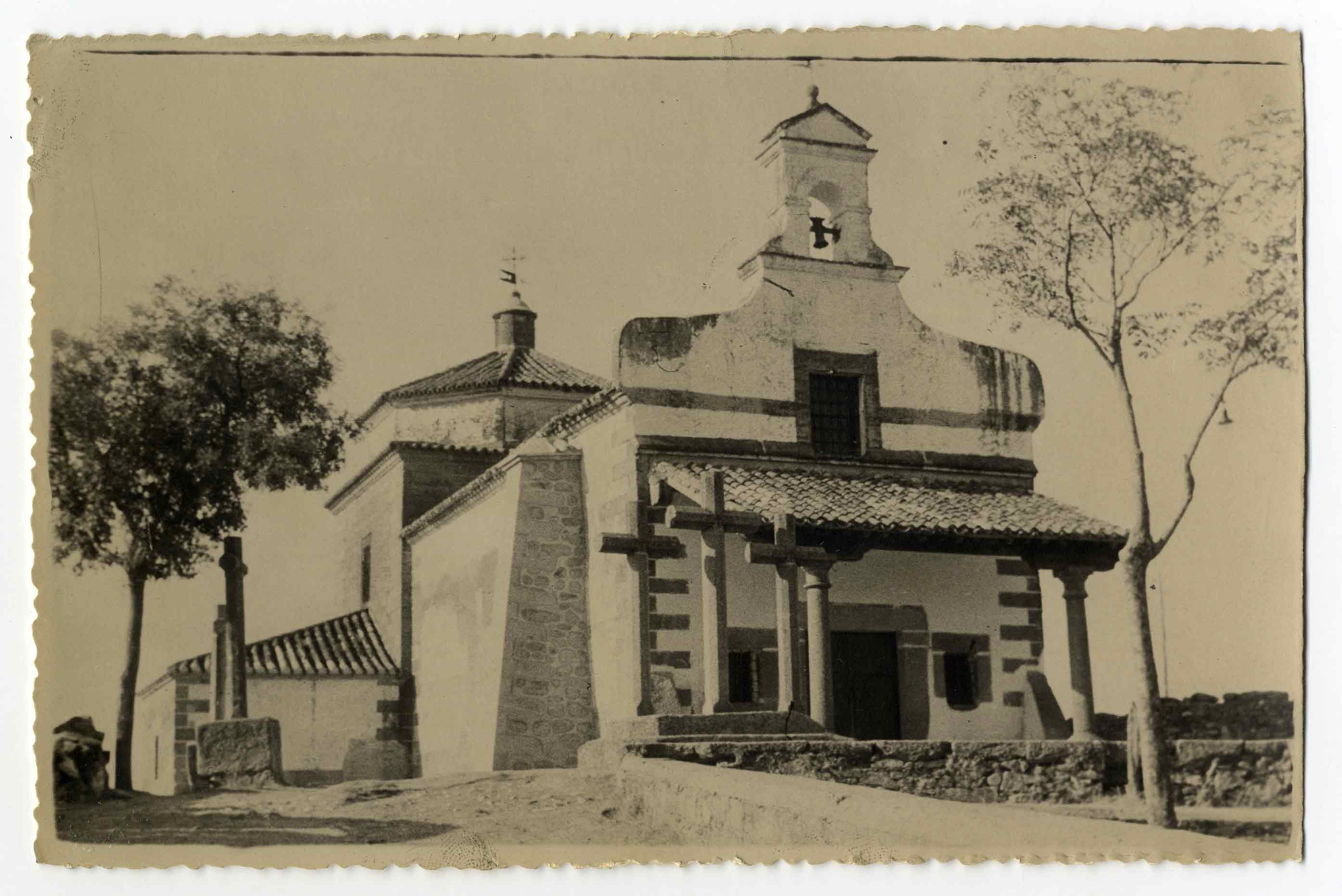 Valdeverdeja. Ermita Virgen Desamparados. 1960 (P-1437)