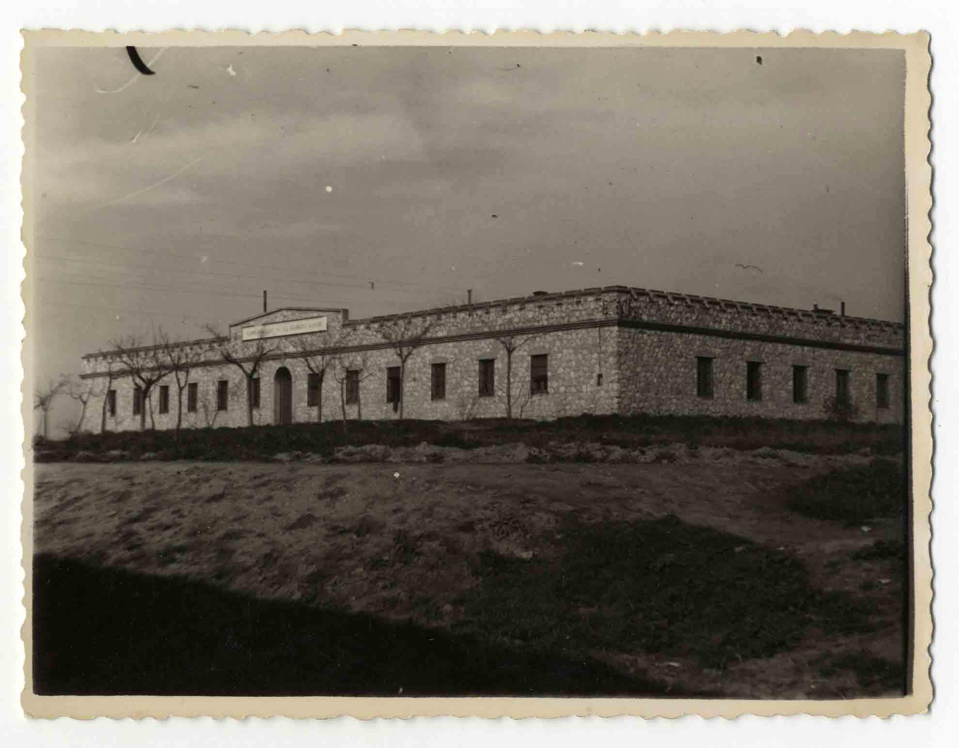 Villaluenga de la Sagra. Cuartel Guardia Civil.1960 (P-1480)