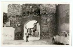 Yepes. Puerta de Toledo. 1970 (P-906