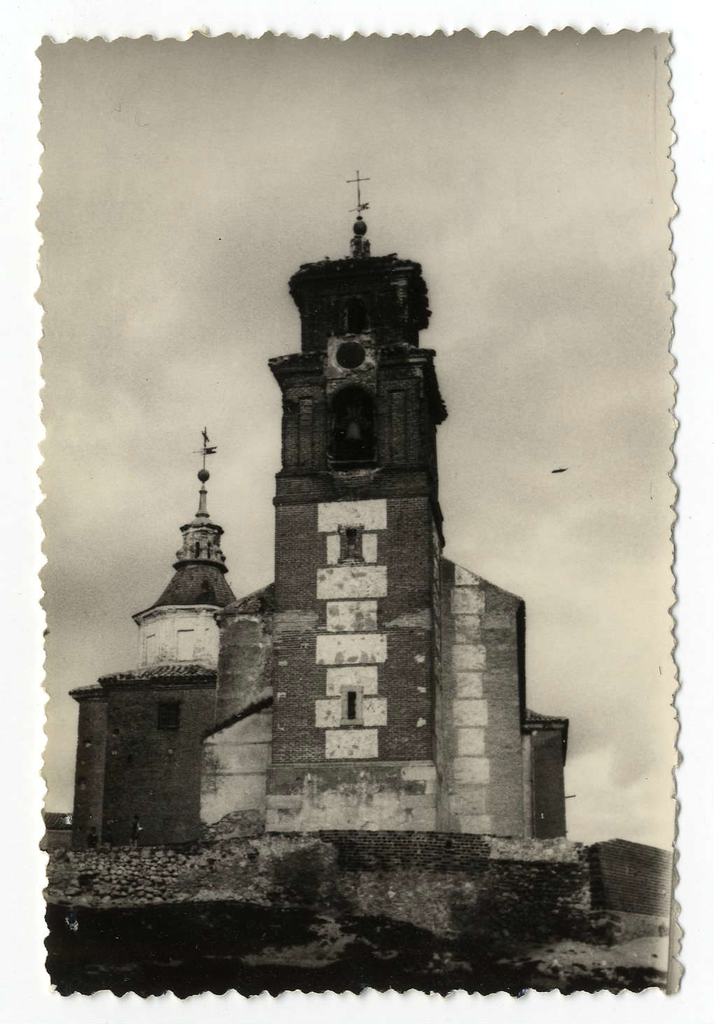 Yuncos. Iglesia de San Juan Bautista. 1960 (P-1538)