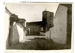 El Campillo de la Jara.Calle General Mola-iglesia.1958. P-81
