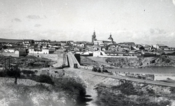 El Puente del Arzobispo. Panorámica general. 1965 (P-240)
