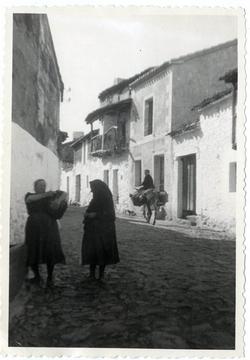 Hinojosa de San Vicente.Calle Generalísimo Franco.1958.P-335