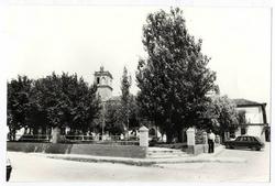 La Puebla de Almoradiel. Plaza Constitución. 1979. (P-364)